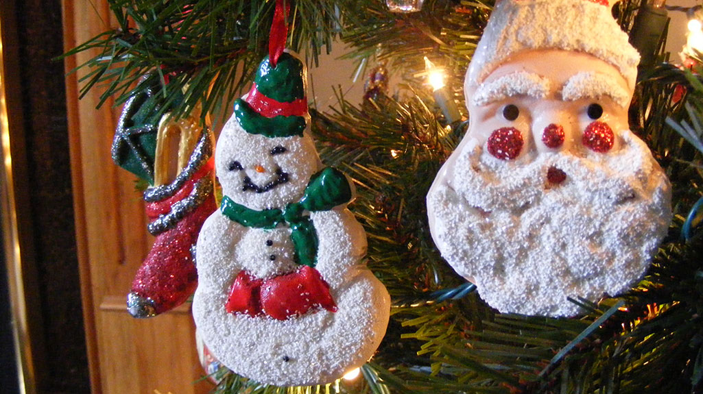 Holiday Ornaments – Clay Sculpey