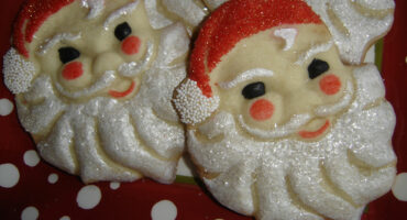 Aunt Chick's Santy Cookie Cutter